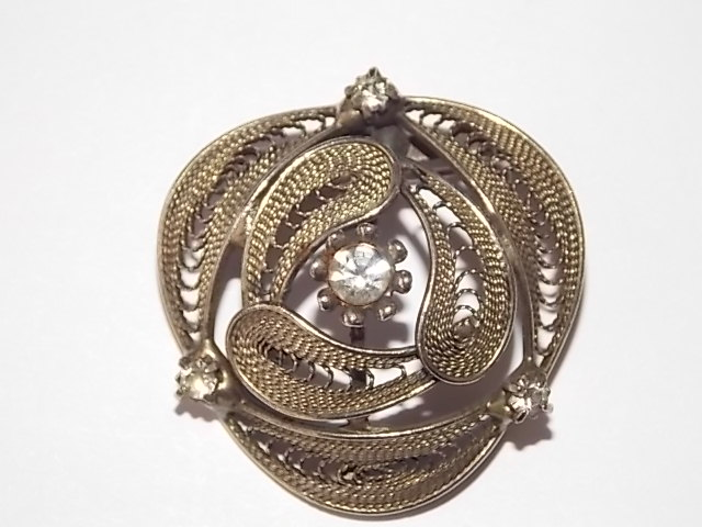 broche ancienne filigranne