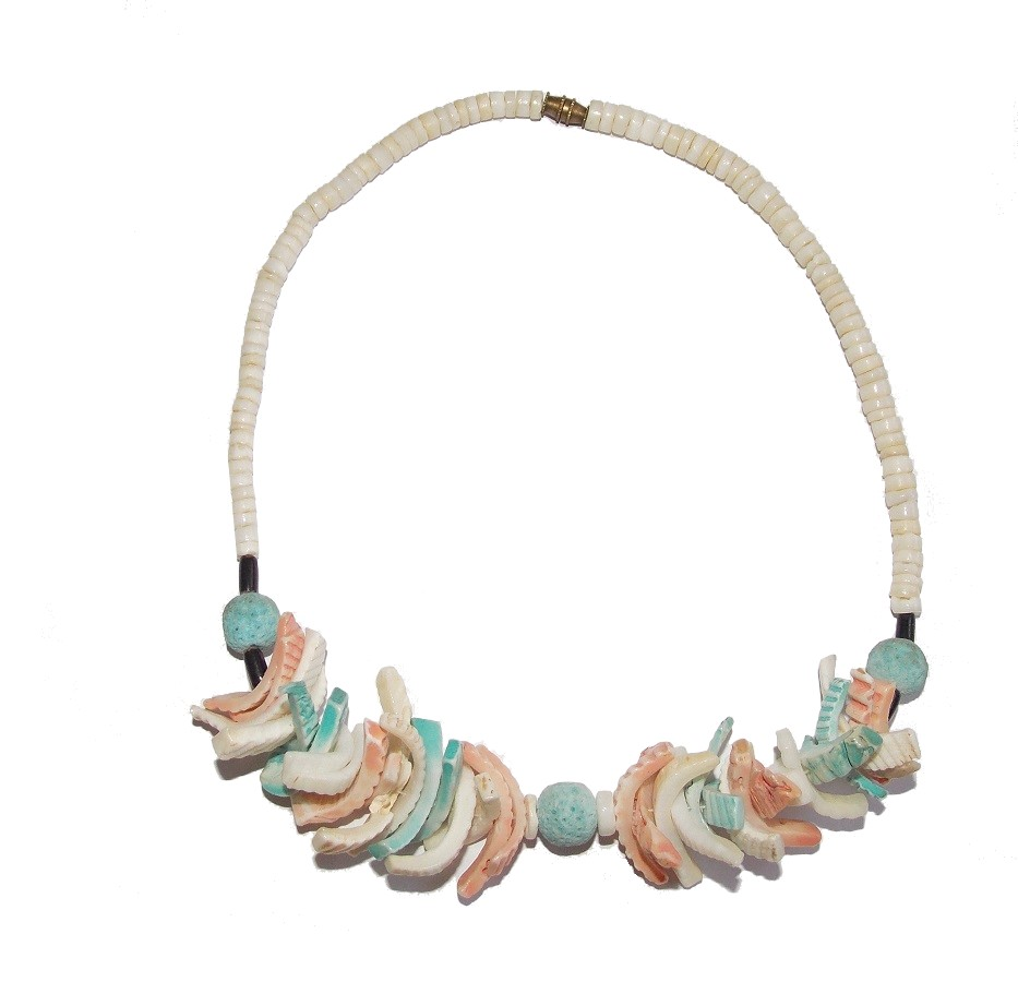 collier surfeur coquillage