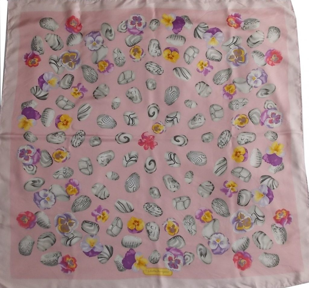foulard en soie Ferragamo